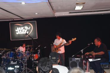 Three Song di Jak Jazz 2012