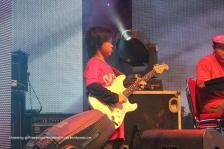 Gitaris Cilik ini Gitaris Three Song, Abe Song