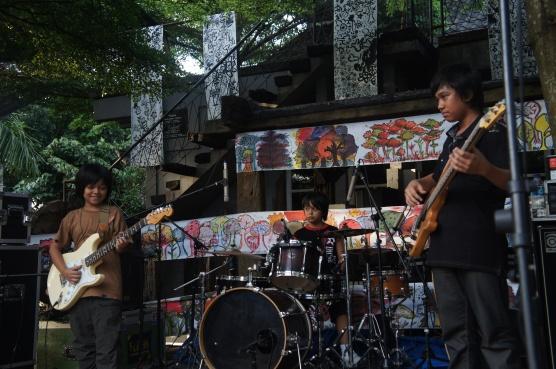 Three Song @ Kandank Jurank Doank Feb'2013